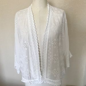 Johnny Was White Open Blouse Size Small